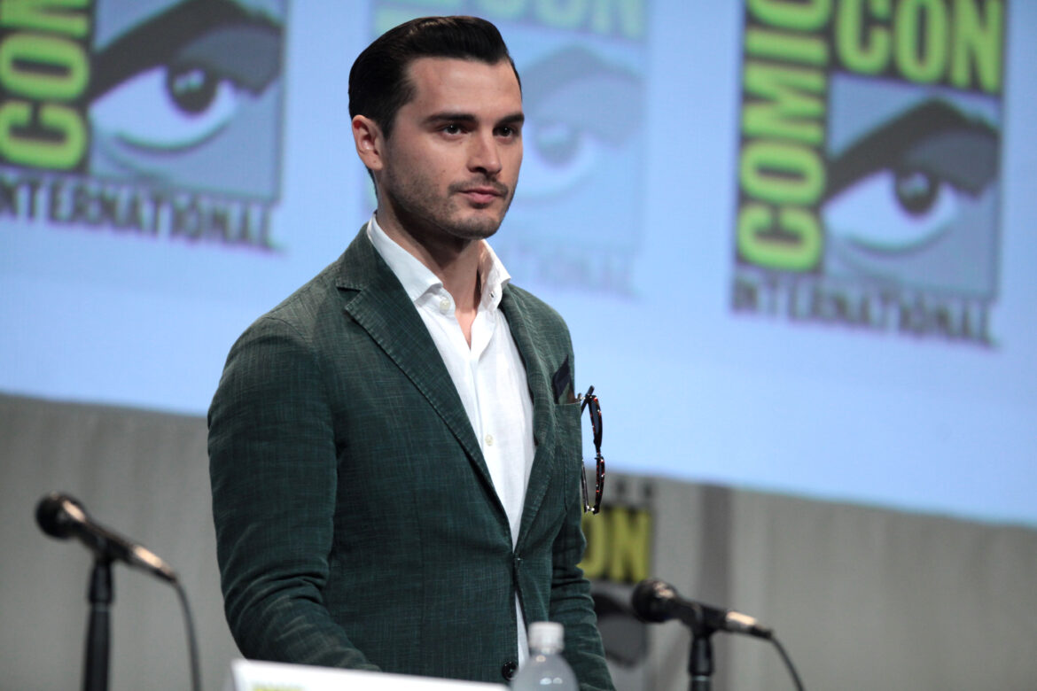Who is Michael Malarkey? What is His Net Worth?